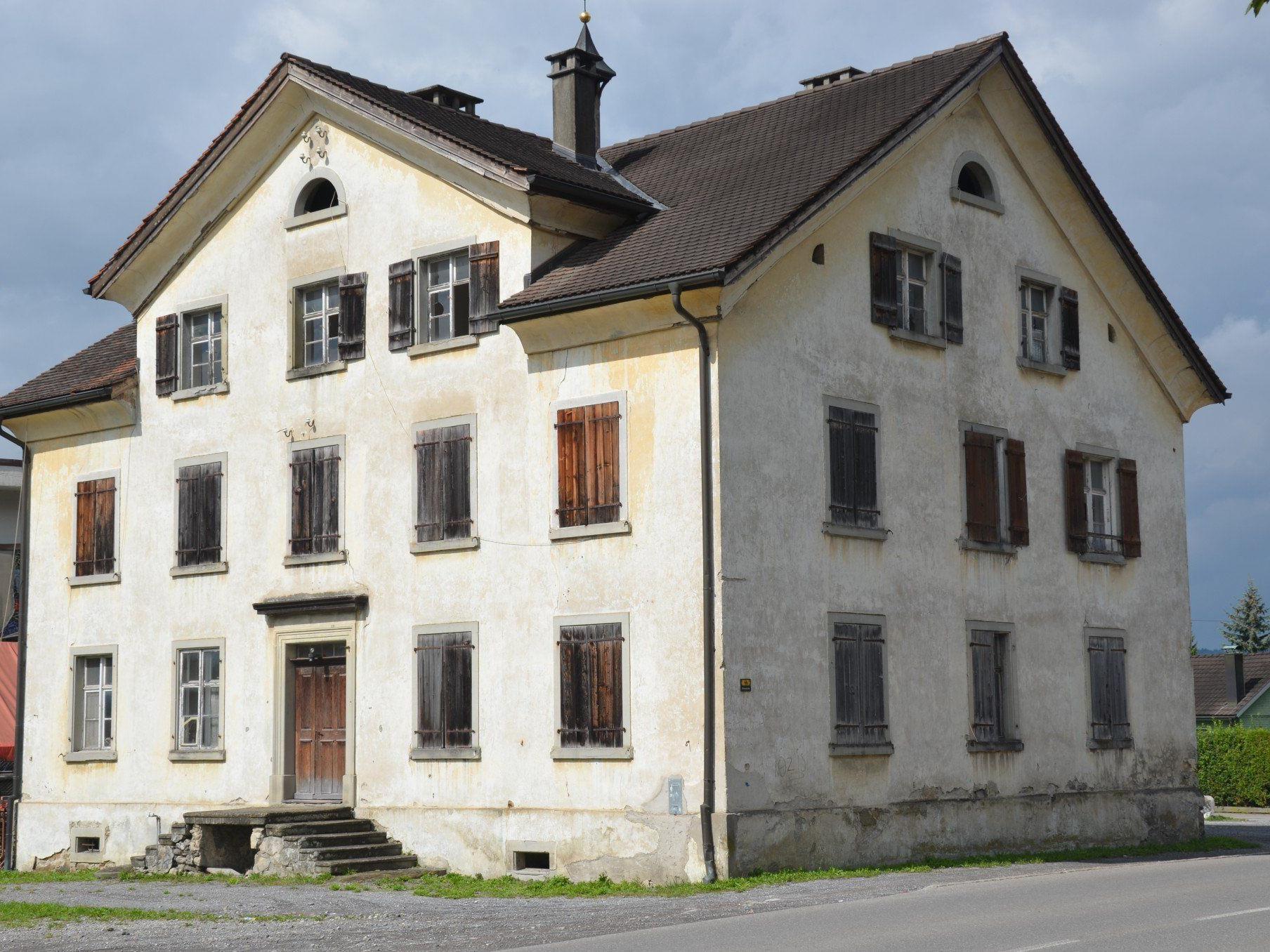 Das unter Denkmalschutz stehende Armenhaus wird saniert.