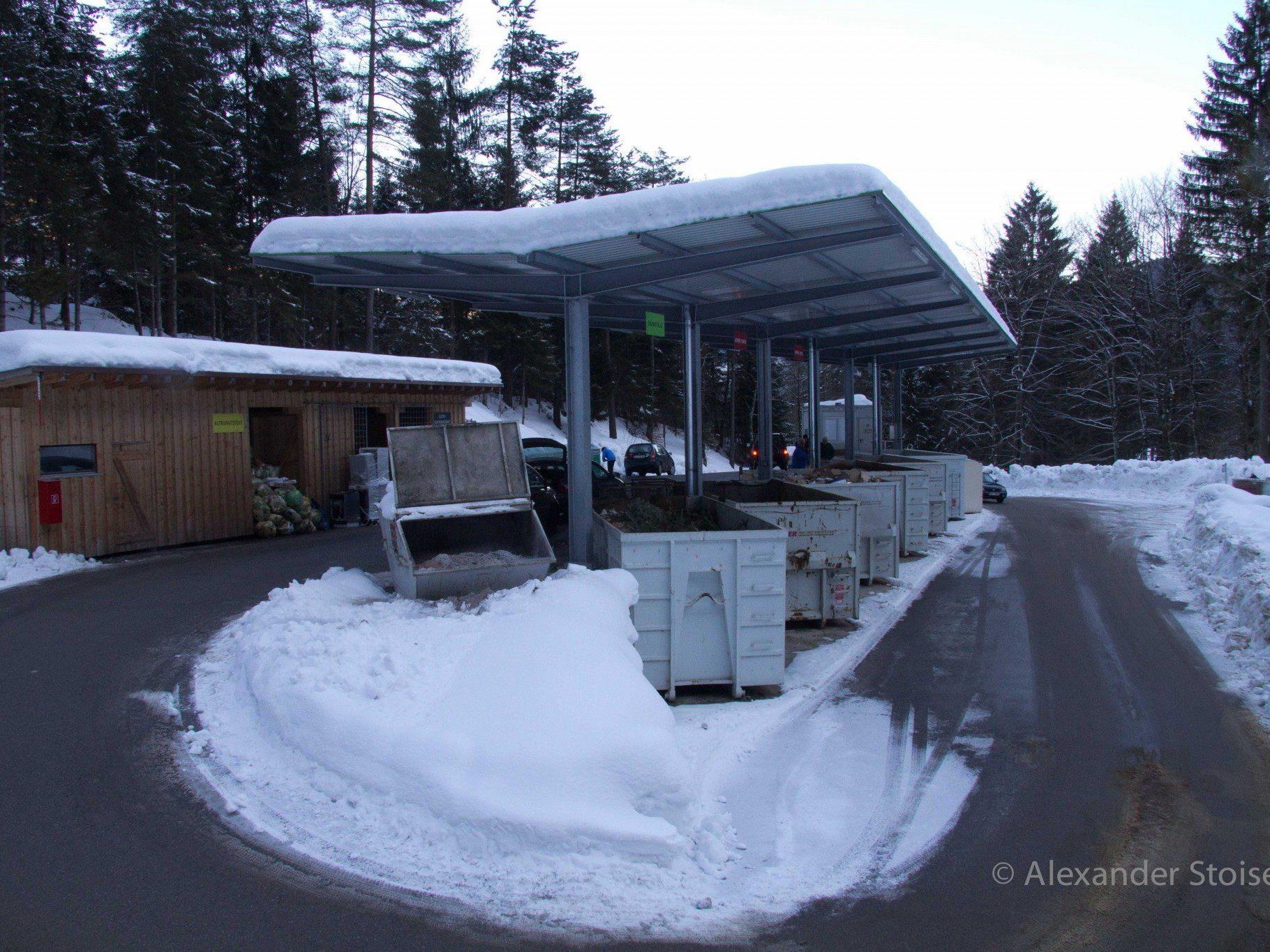 Nicht erst wenn der Schnee liegt, sondern bereits ab 1. Oktober gelten die Winteröffnungszeiten auf der Deponie Gafadura.