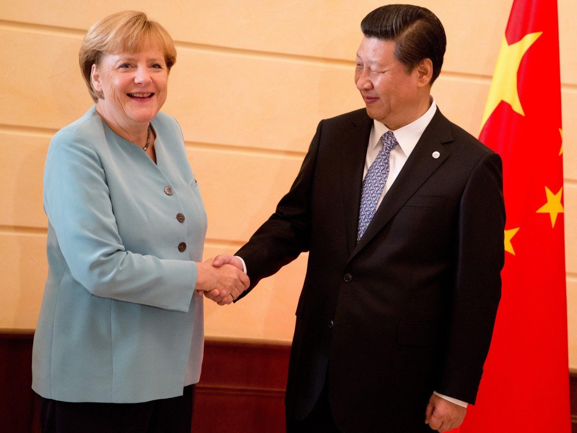 Xi Jingping warnt vor einem Militärschlag gegn Syrien.