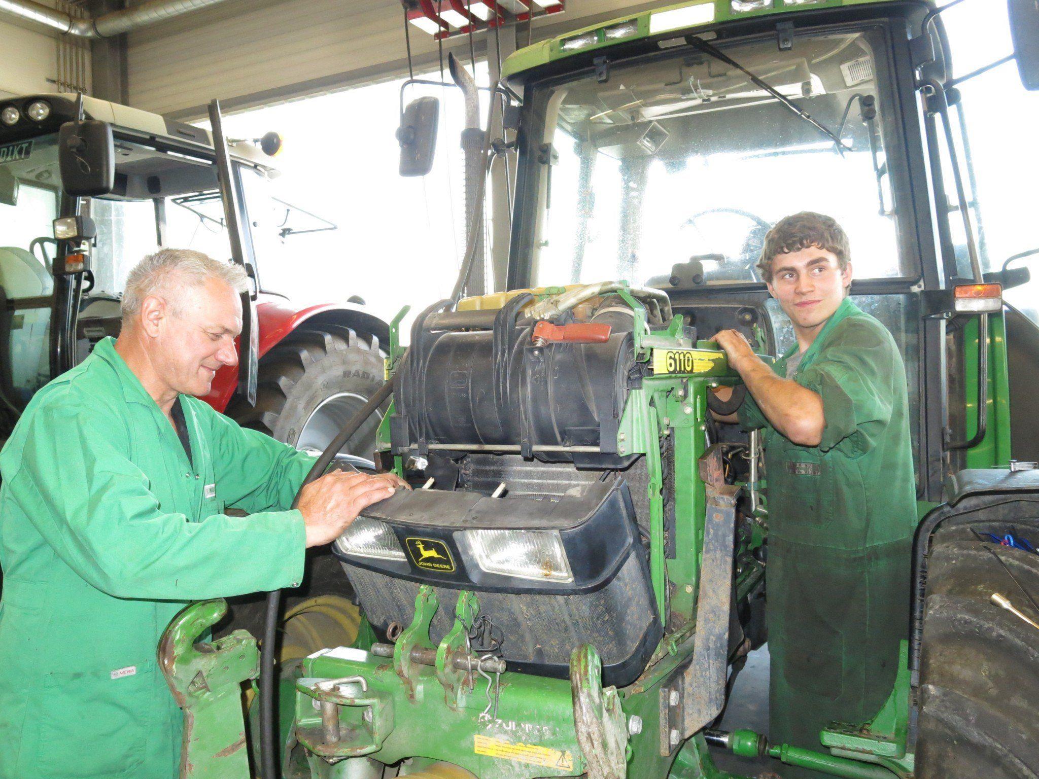 Bei der Reparatur einer Landmaschine darf es zu keinen Verzögerungen kommen.