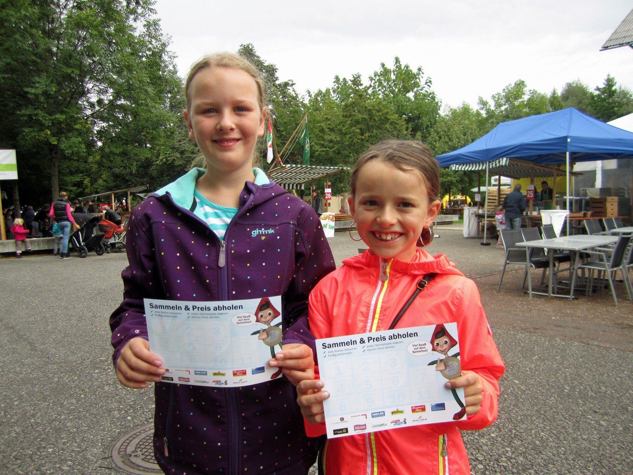 Die Kinderreporterinnen Amrei und Marie-Amélie berichten vom Dornbirner Spielefest 2013.