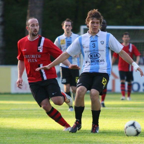 Hard spielt am Freitag abend in Seekirchen und will drei Punkte holen.