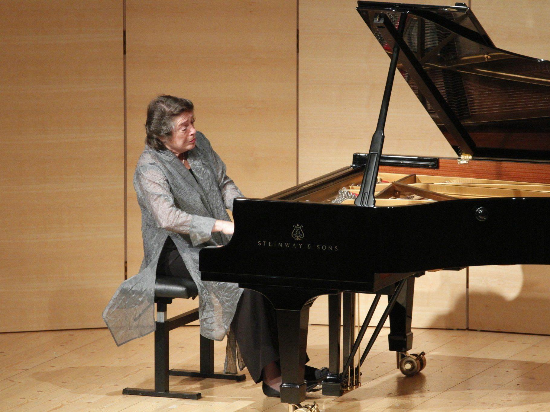 Elisabeth Leonskaja spielte in der Matinee ausschließlich Werke Franz Schuberts.