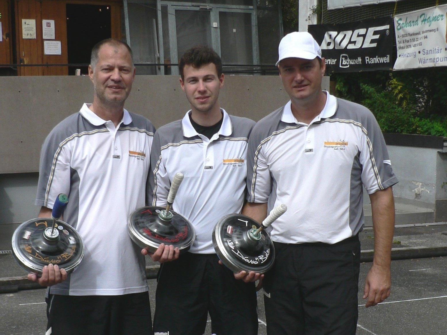 Das Team SV Lochau I mit den Spielern Christoph und Abraham Sohm sowie Stefan Pienz holte sich den Landesmeistertitel im Duo-Bewerb.
