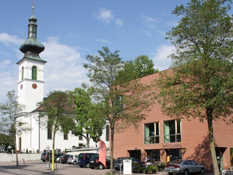 """Die Bevölkerung ist zum Jubiläumsfest """"20 Jahre Weltladen Leiblachtal"""" herzlich eingeladen."""