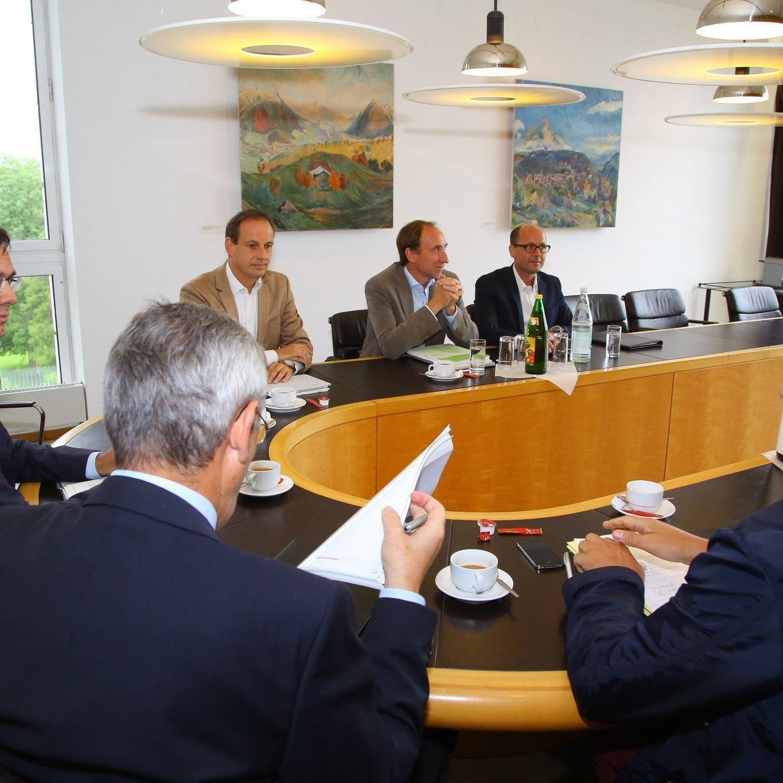 Budgetgespräche gestartet: Land Vorarlberg will auch 2014 ohne Neuverschuldung auskommen