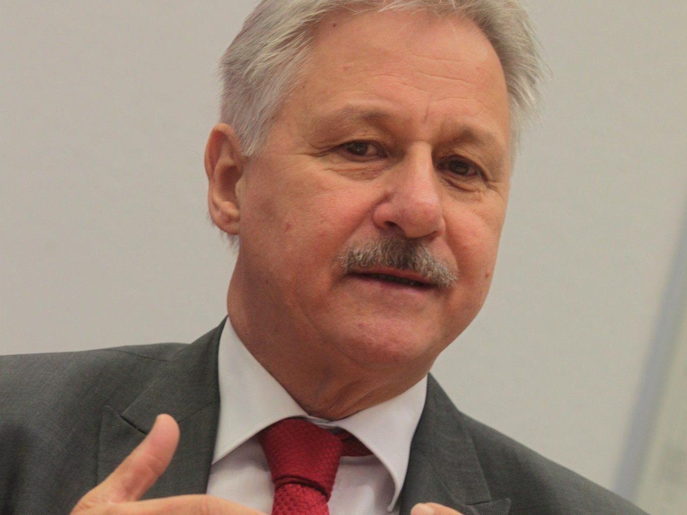 """SP-Mayer sieht """"mutlose"""" ÖVP am Zug."""