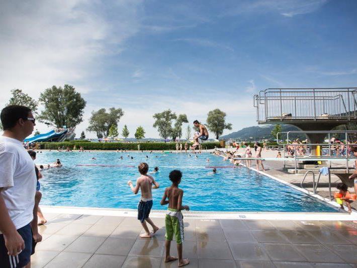 Nach einem katastrophalen Saisonstart wurden im Juli und August 160.000 Badegäste gezählt.