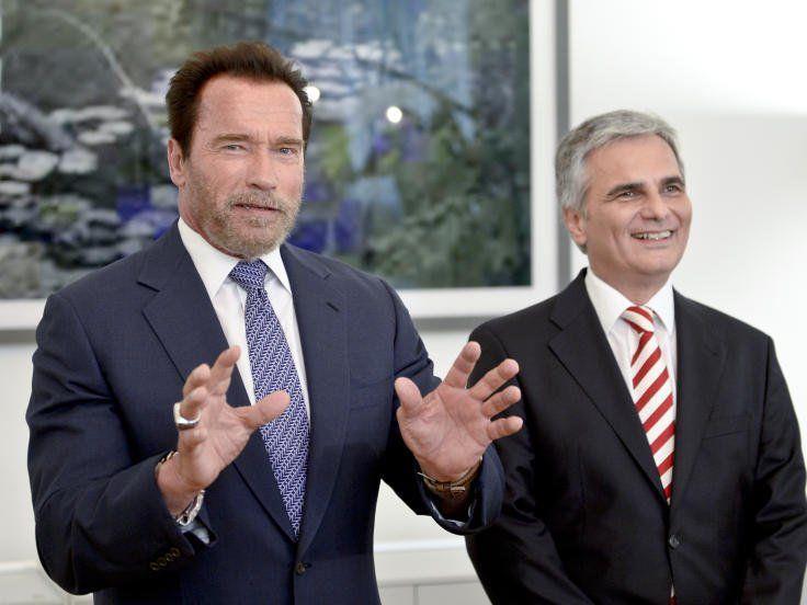 Arnold Schwarzenegger auf Besuch bei Werner Faymann.