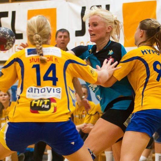 Martina Strmsek warf in Atzgersdorf zehn Tore aber zu einem Punktegewinn reichte es dennoch nicht.