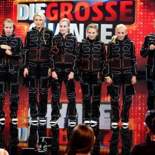 Die Tanzgruppe hat den Einzug in die Live-Show geschafft.