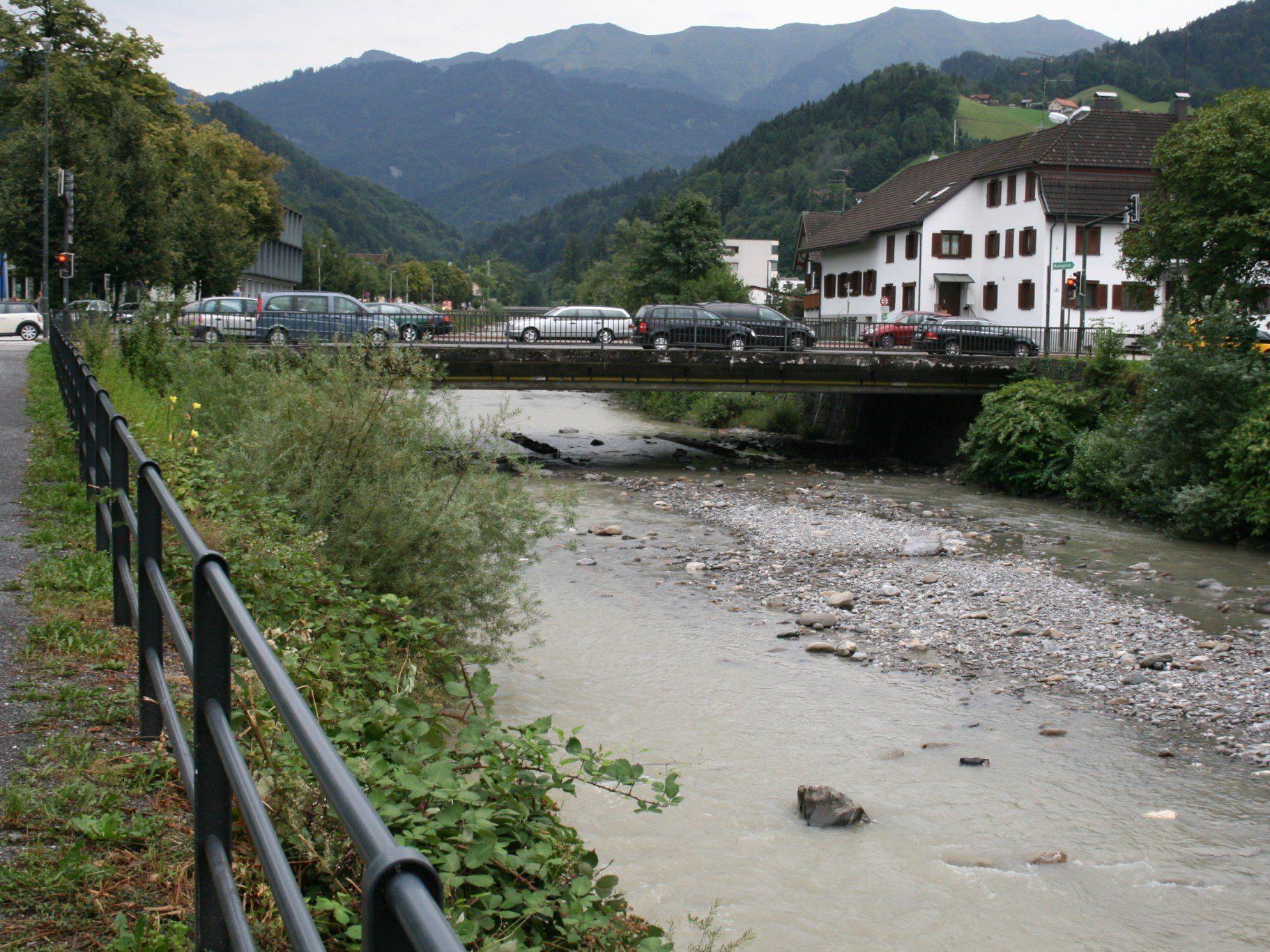 2014 wird die Sägerbrücke erneuert. Vorher erfolgt eine Absenkung der Flusssohle.