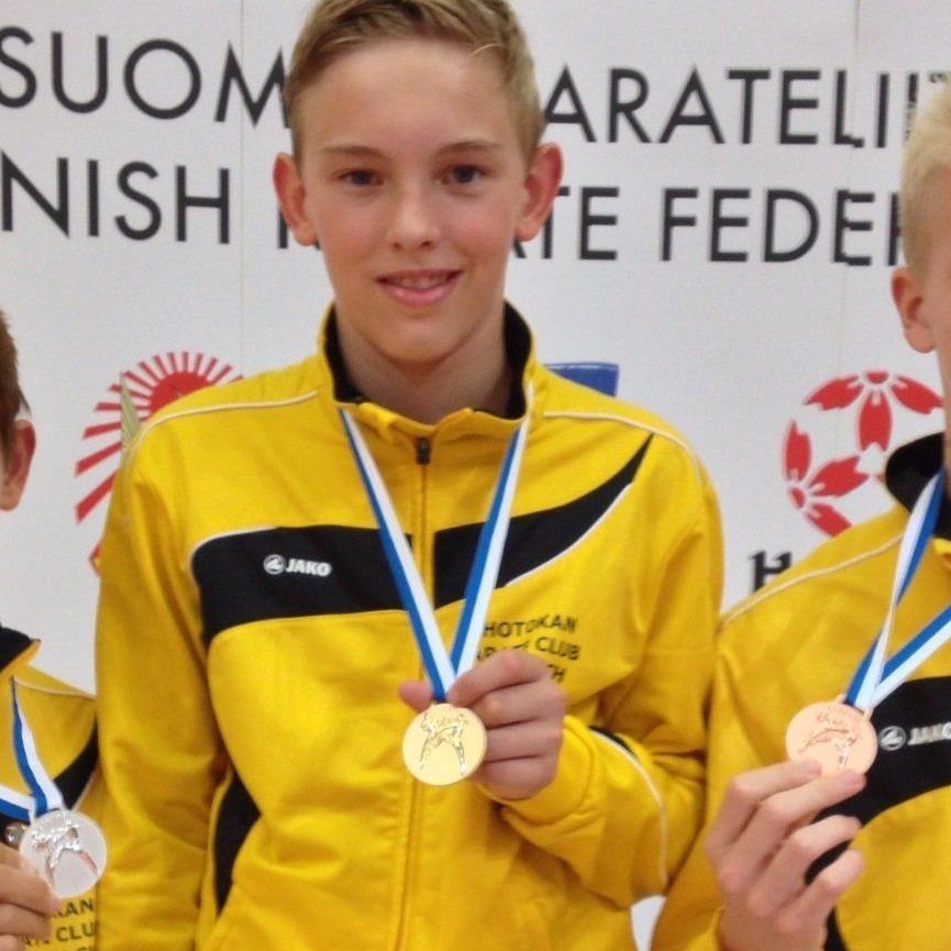 Gold, Silber und Bronze holten die drei Athleten des KC Lauterach in Finnland.
