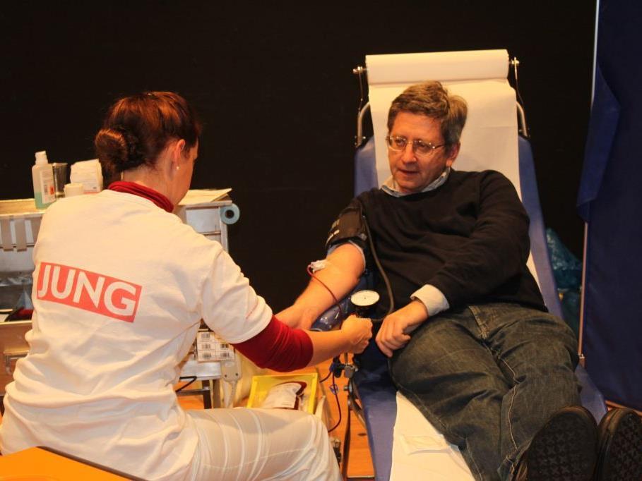 Blutspendeaktion am Mittwoch, 9. Oktober 2013, 16 bis 20 Uhr, Tisner Pfarrsäle.