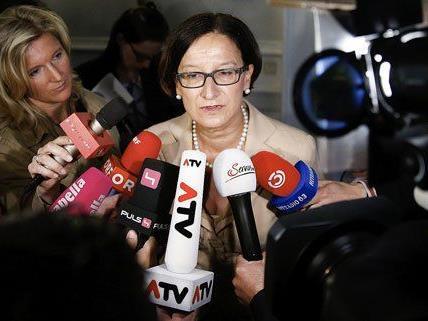 Kritik am Polizeieinsatz in Annaberg weist Johanna Mikl-Leitner zurück.
