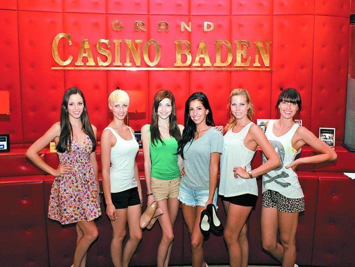 Gut gelaunte Missen bei den Proben im Casino Baden: Sarah Oberhauser (Miss Steiermark), Sarah Pils (Miss Niederösterreich), Angelika Albrecht (Miss Vorarlberg), Michelle-Monique Gotal (Vizemiss Vorarlberg), Tanja Doppelreiter (Miss Kärnten) und Ena Kadic (Vizemiss Tirol, v. l.).