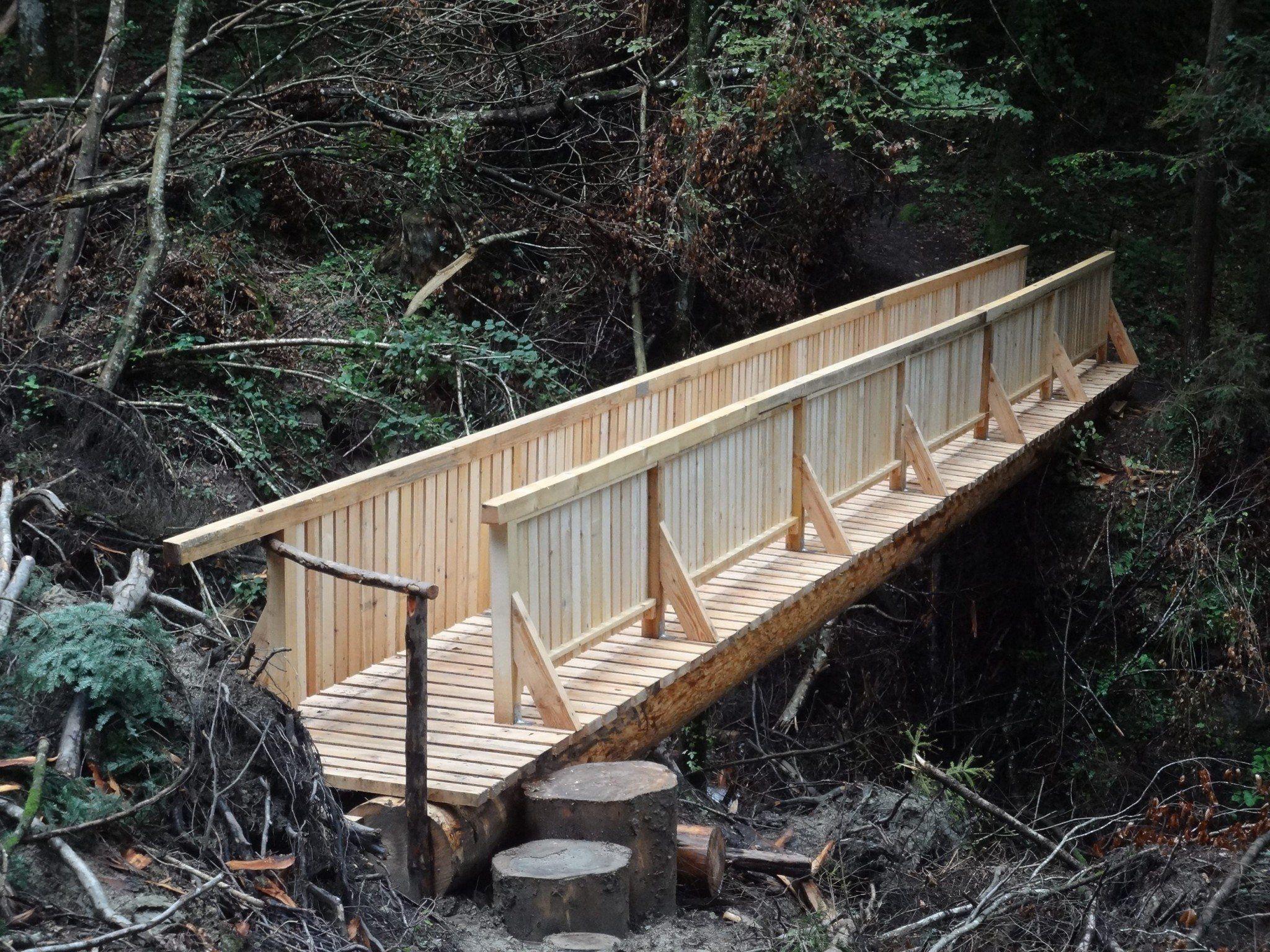 Die neue Brücke beim Pilgerweg von der Erscheinungskapelle nach Bereuter ist fertig.