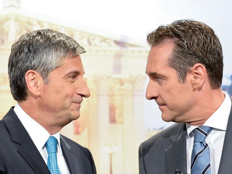 """""""High Noon"""" zwischen Michael Spindelegger und HC Strache im TV-Duell."""