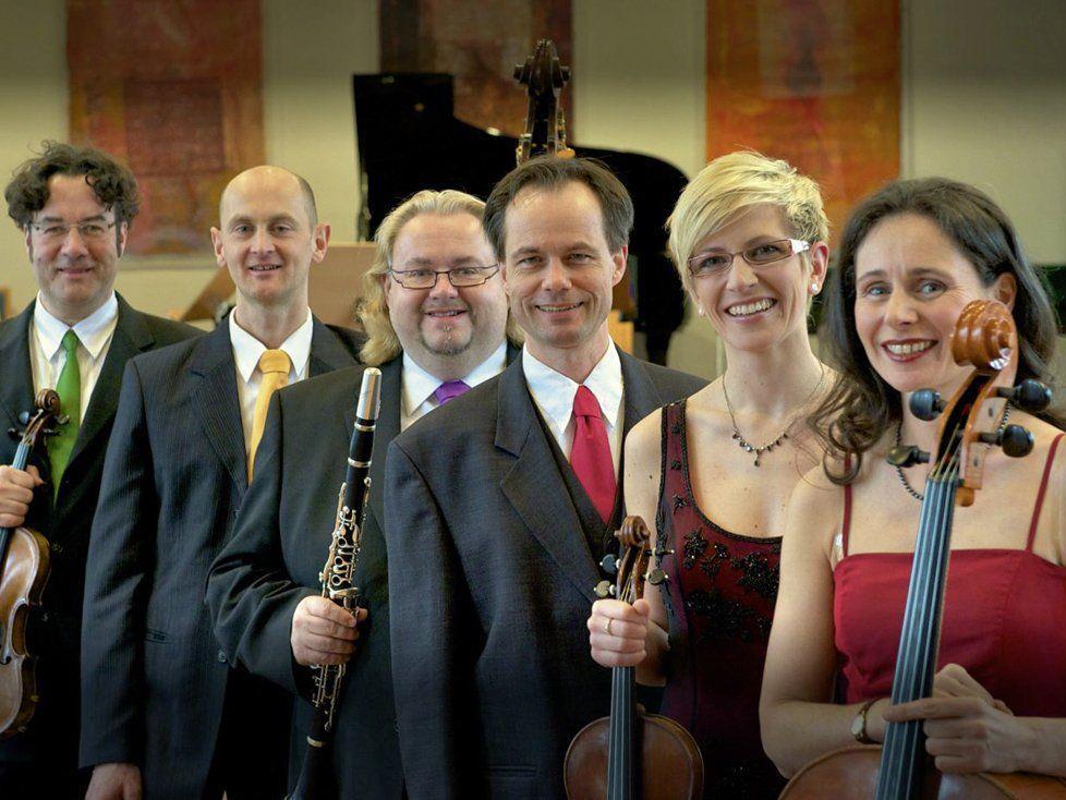 """Die """"Salonisten"""" waren beim vierten Abo-Konzert im Reichshofsaal zu Gast."""