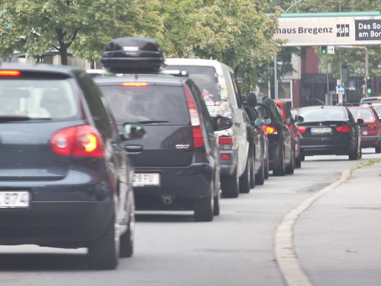Die Vignetten-Flüchtlinge bahnen sich den Weg durch den Großraum Bregenz.