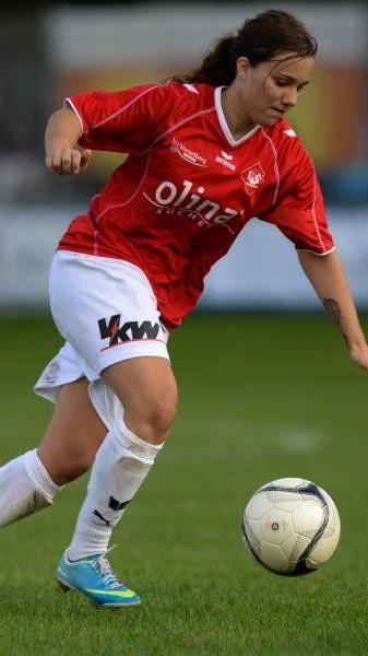 RW Rankweil-Kickerin Julia Schnetzer tippt die Westliga und hofft mit der Frauentruppe im Cup auf einen Sieg.