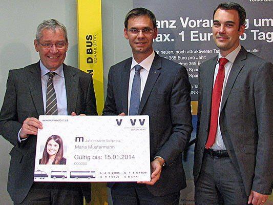 LH Wallner, LSth. Rüdisser und VVV-Geschäftsführer Hillbrand präsentierten das neue Tarifsystem des Verkehrsverbundes.
