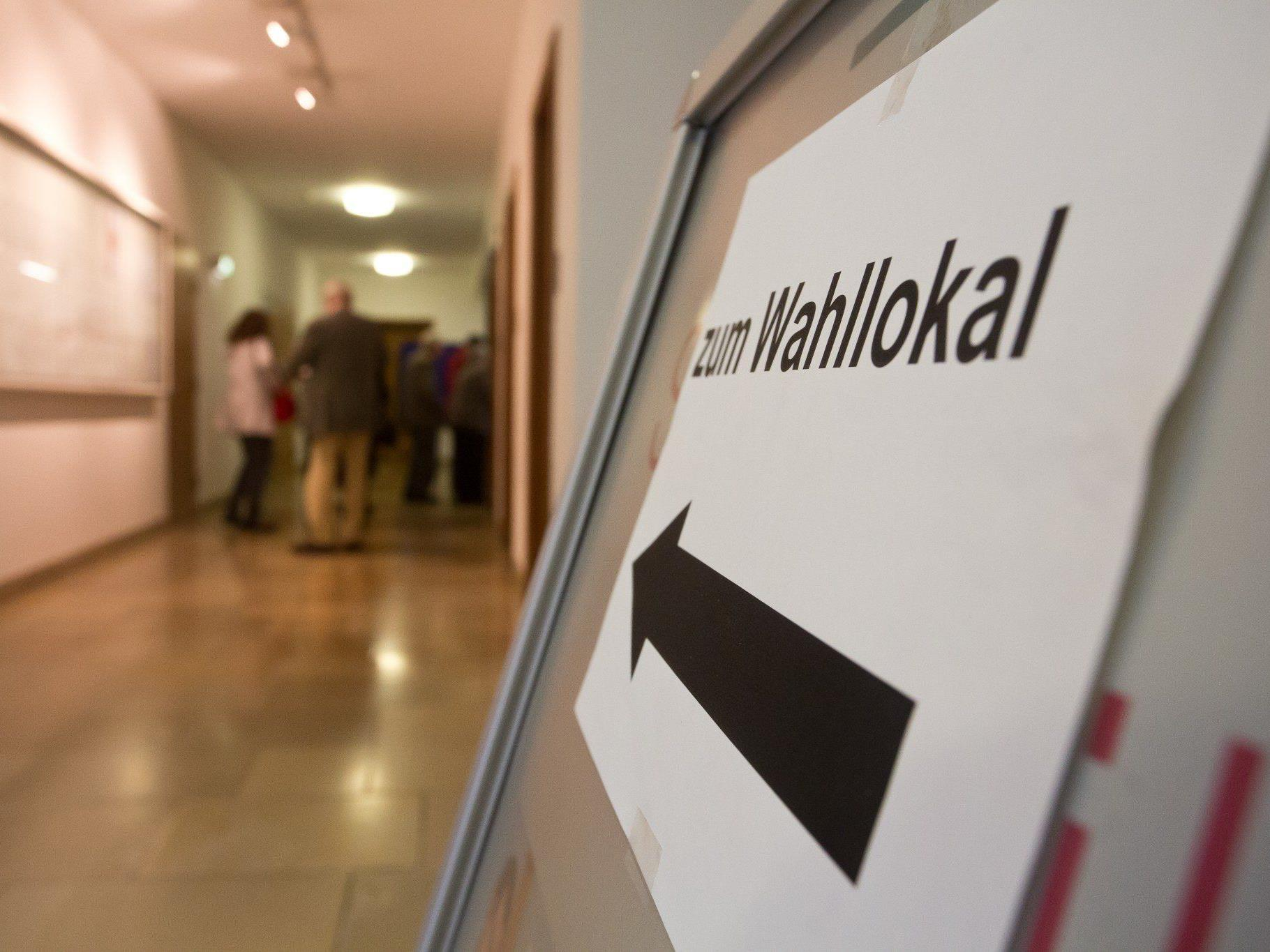 Historische Tiefstände für ÖVP und SPÖ - NEOS erreichte aus dem Stand über 13 Prozent