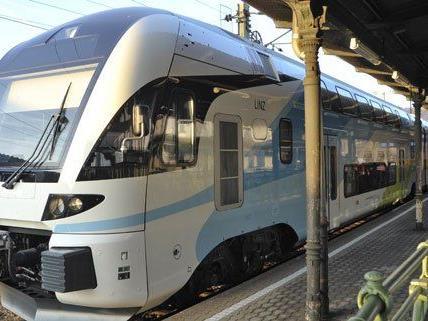 Zu Stoßzeiten wird das Fahren mit der Westbahn teurer.
