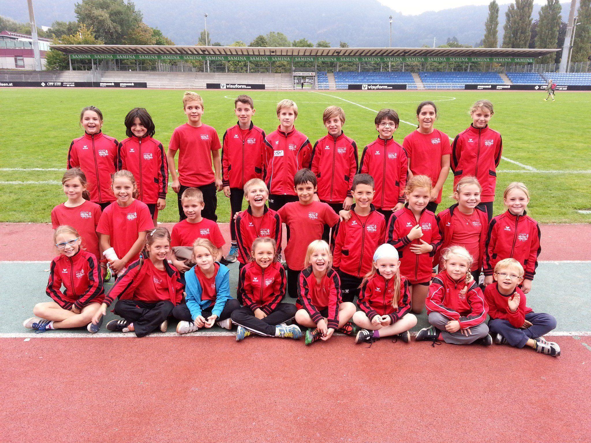 Die Athleten der TS Bregenz-Vorkloster beim Bezirkssportfest in Bregenz.