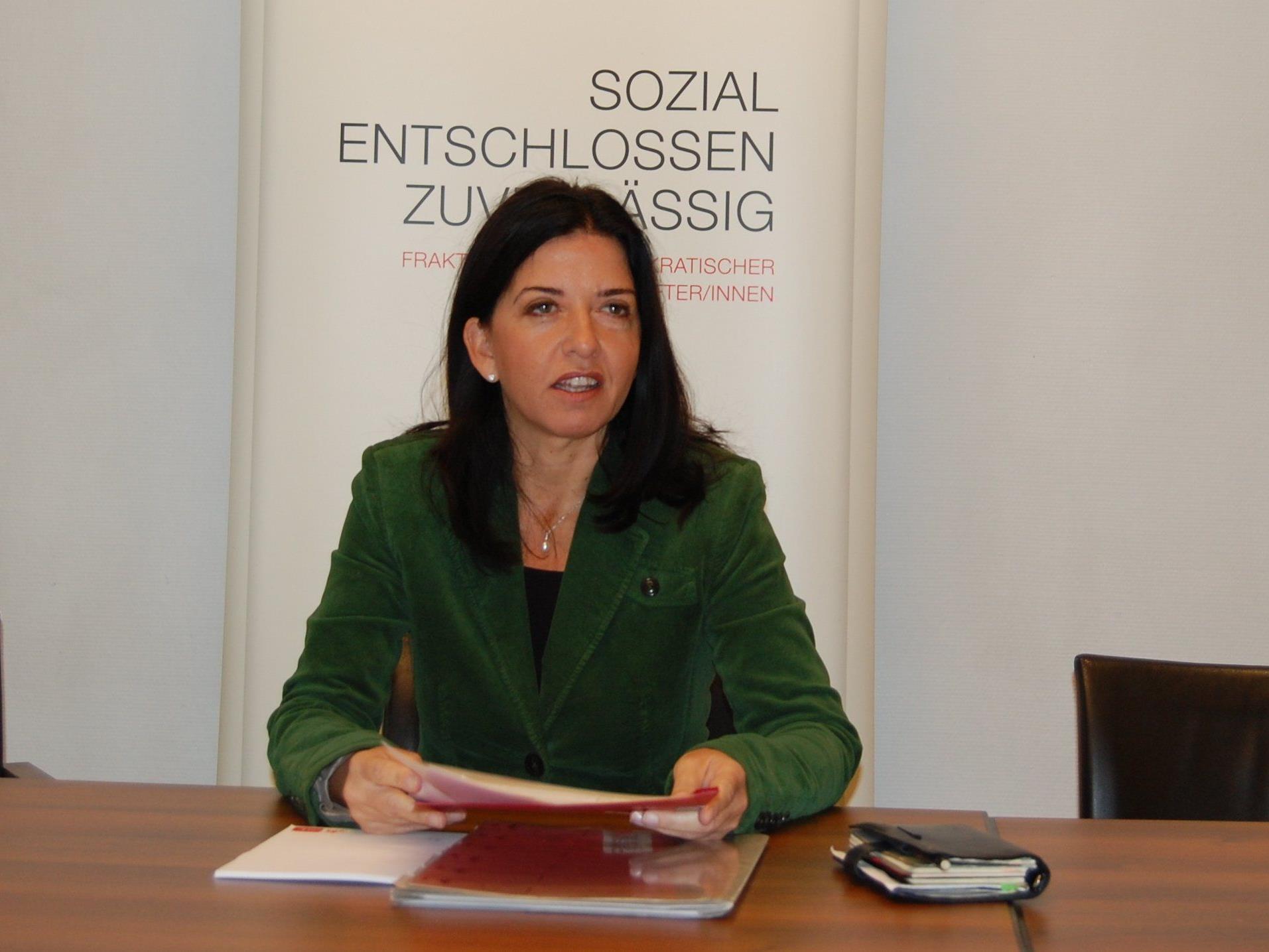 AK-Vizepräsidentin Manuela Auer ist strikt gegen die Wahlwerbung mit AK-Geldern.