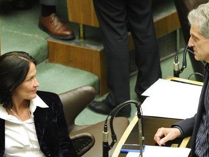 Am Dienstag trafen sich Eva Glawischnig (Grüne) und Josef Cap (SPÖ) zum Gespräch.