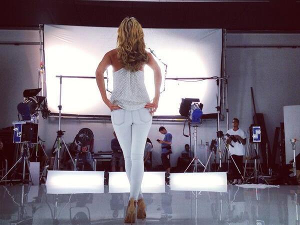 Nicht nur Heidi Klum halt ihren wohlgeformten Allerwertesten gerne vor die Kameralinse.