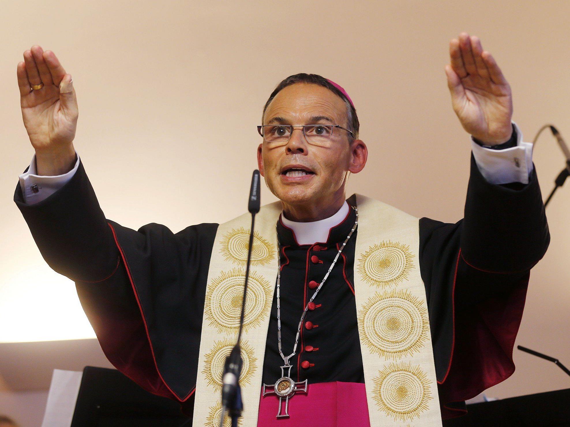 Deutscher Bischof soll falsche eidesstattliche Versicherung abgegeben haben.