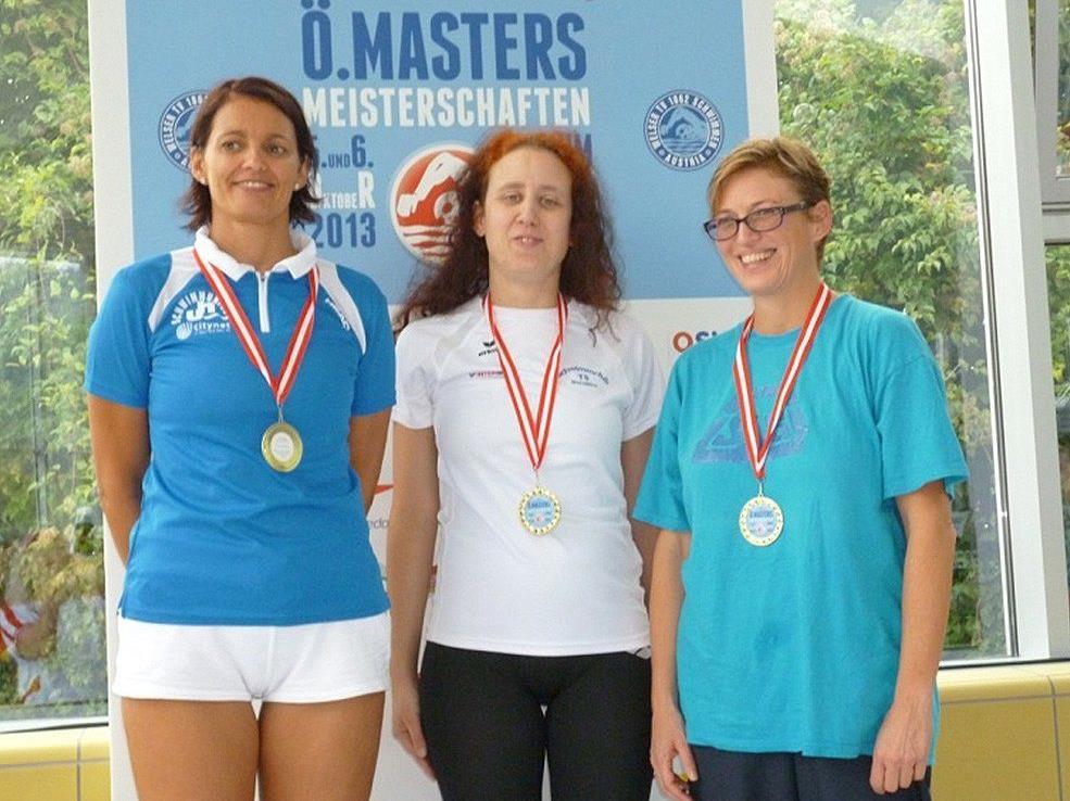 Vier Schwimm-Medaillen für Gabriele Kopf.