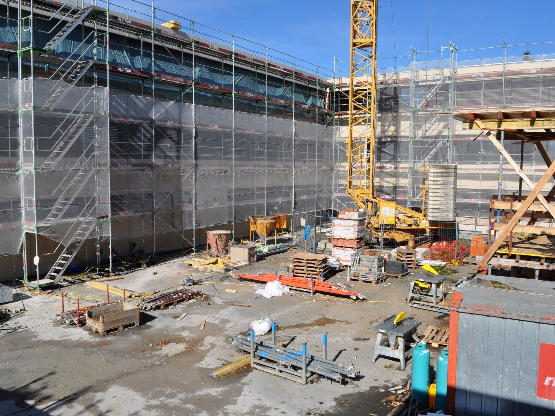 Die Arbeiten laufen aktuell weiter auf Hochtouren. In rund zwei Jahren sollen alle Arbeiten abgeschlossen sein.