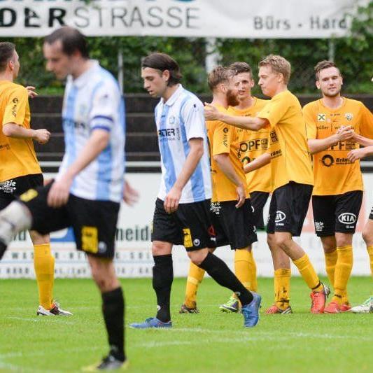 Altach Amateure jubelt in Hard mit sechs Kaderspielern über einen 3:1-Derbyerfolg
