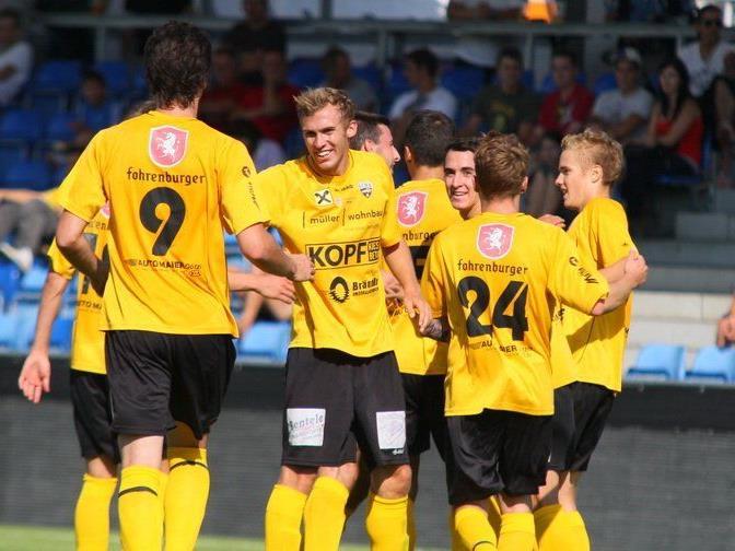 Altach Amateure gewann das Heimspiel gegen Schwaz mit 3:0 und ist Vierter.