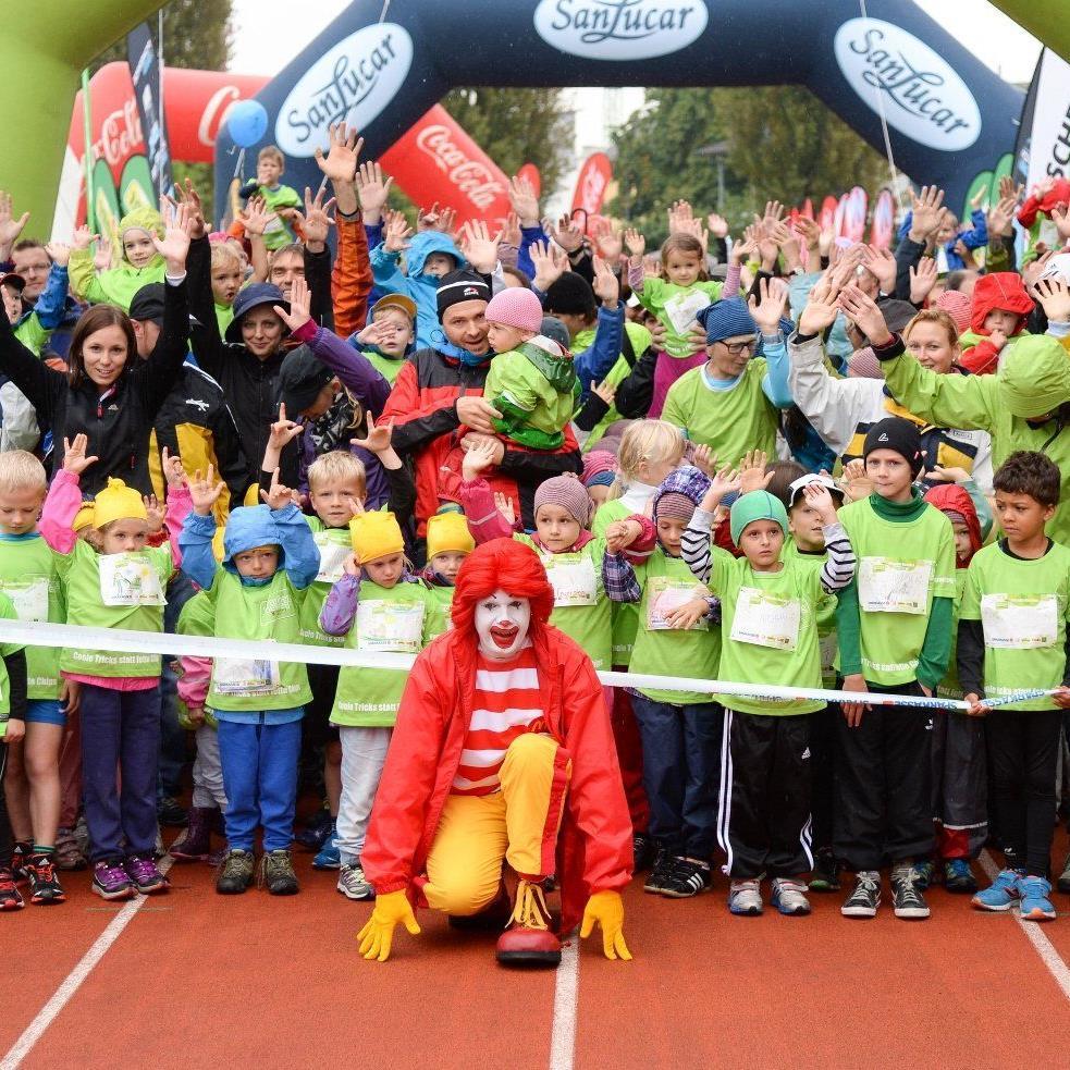 3000 Kids waren mit viel Freude, Eifer und Ehrgeiz beim Kinder Marathon in Bregenz mit dabei.