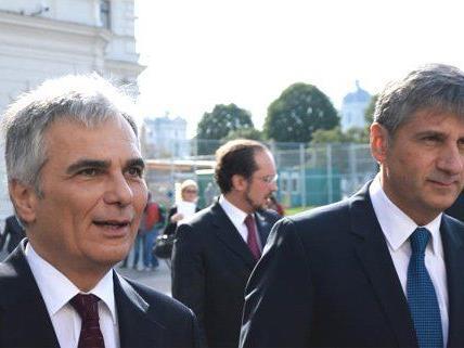 Die Gremien der beiden Spitzenparteien beginnen die Tagungen.