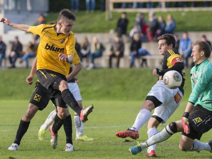 Fabian Koch und seine Mannschaftskollegen verloren gegen Innsbruck Amateure unglücklich mit 0:2.