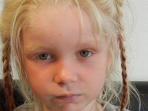 Das blonde Mädchen wird offenbar in ganz Europa nicht vermisst.