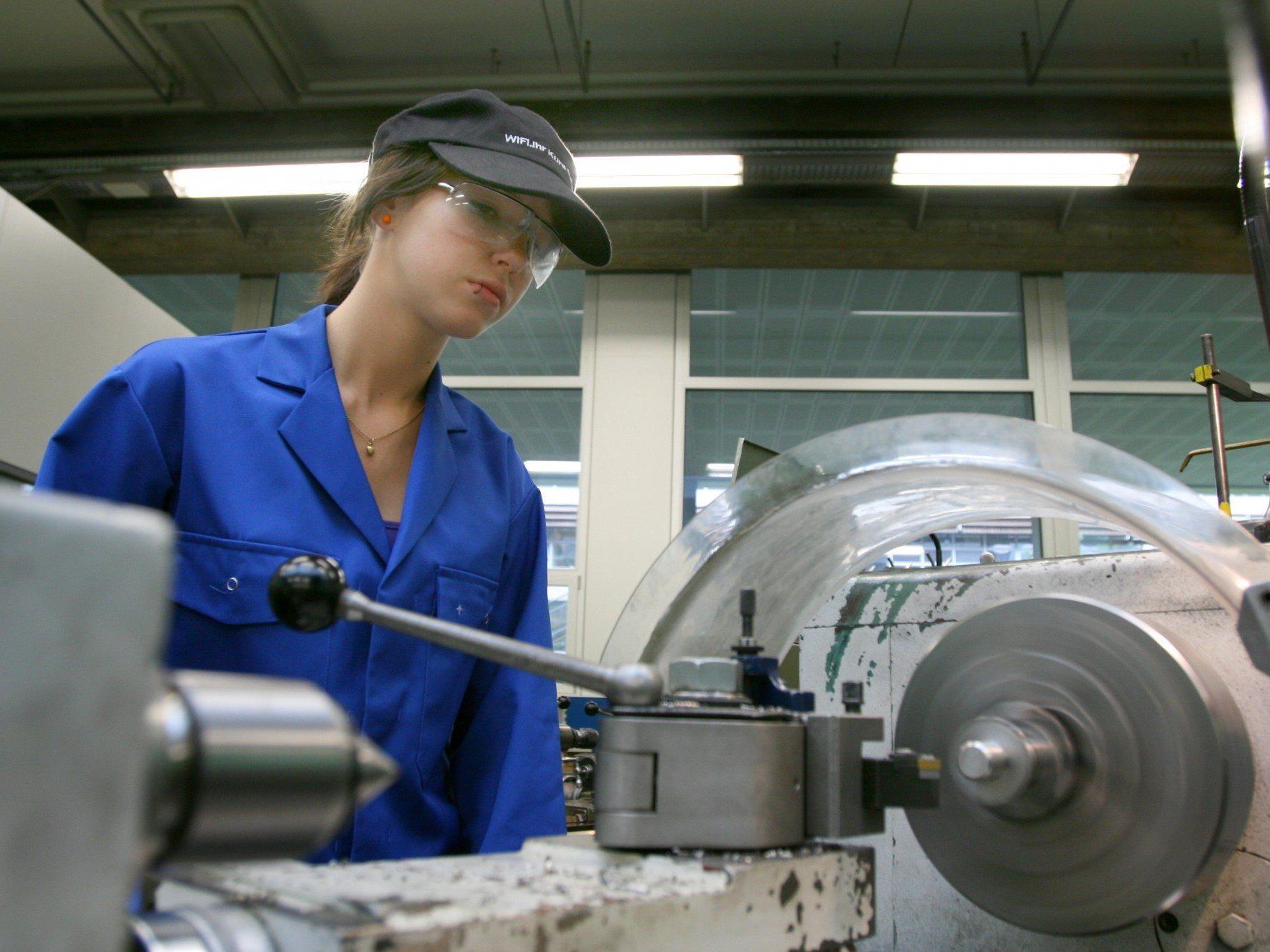 Eine der stärksten Berufsgruppen im Land – mehr als 100 Betriebe bilden Metalltechniker aus.