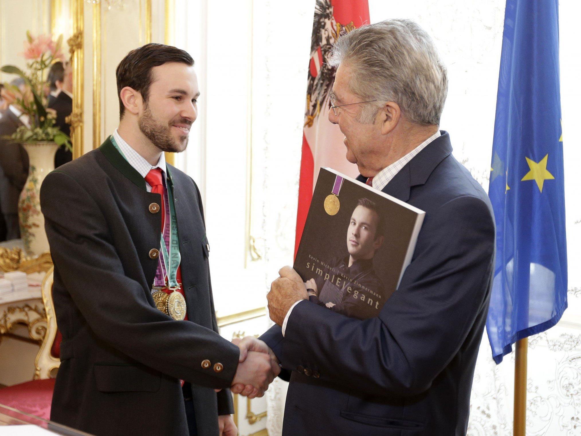 Koch Weltmeister Kevin Micheli war zu Gast beim Bundespräsident Heinz Fischer.