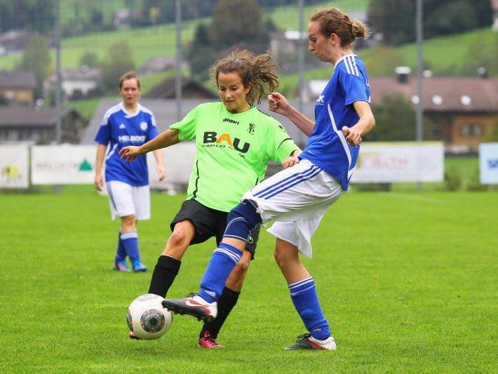Irina Lenz und Co. siegten in Andelsbuch mit 3:0 und sind weiter ohne Punkteverlust Erster.