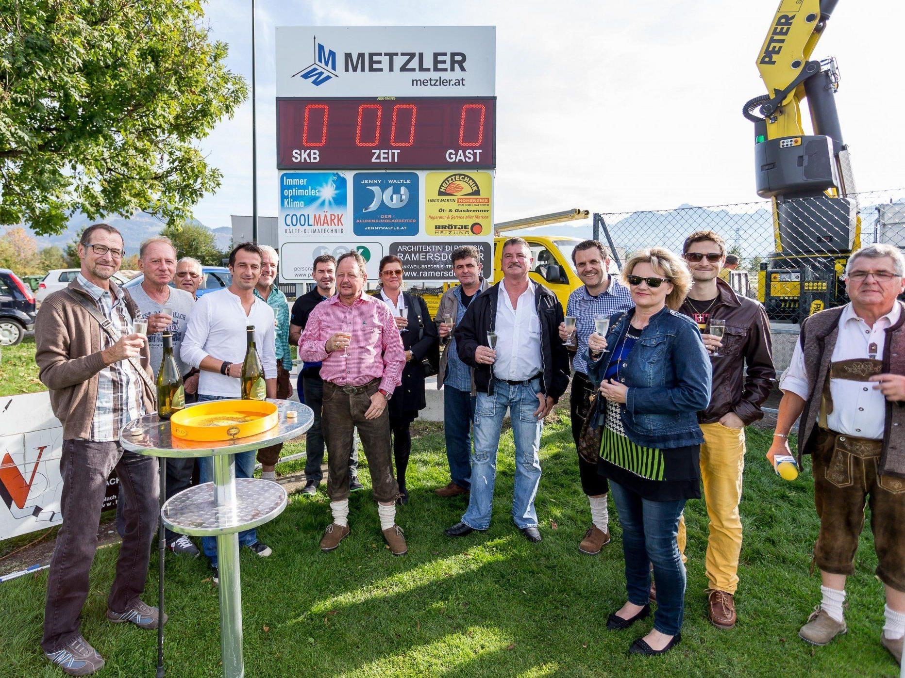 Der Landesligaklub SK Brederis hat eine neue Stadionuhr.