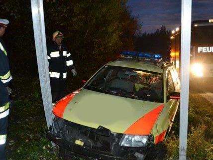Glücklicherweise wurde der Lenker bei dem Unfall nicht verletzt.