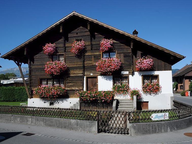 Das Haus an der Ringstraße 2 in Gisingen zählt zu den schönsten Häusern in der Fraktion und steht unter Fenkmalschutz