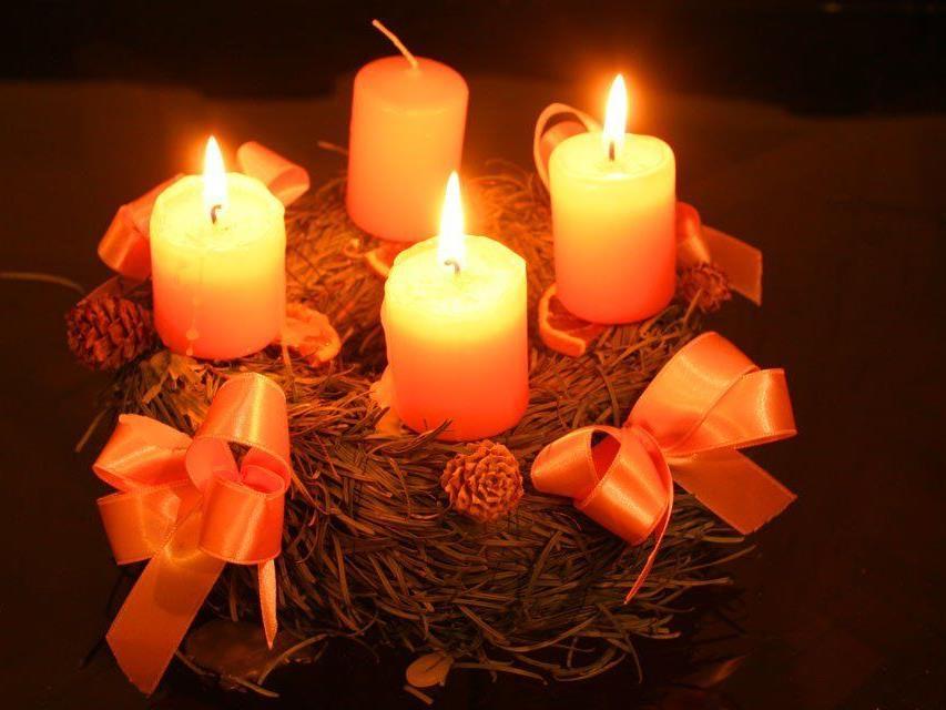 Auch dieses Jahr gibt es im Restaurant Illstöbli eine Adventsausstellung mit Adventskränzen.