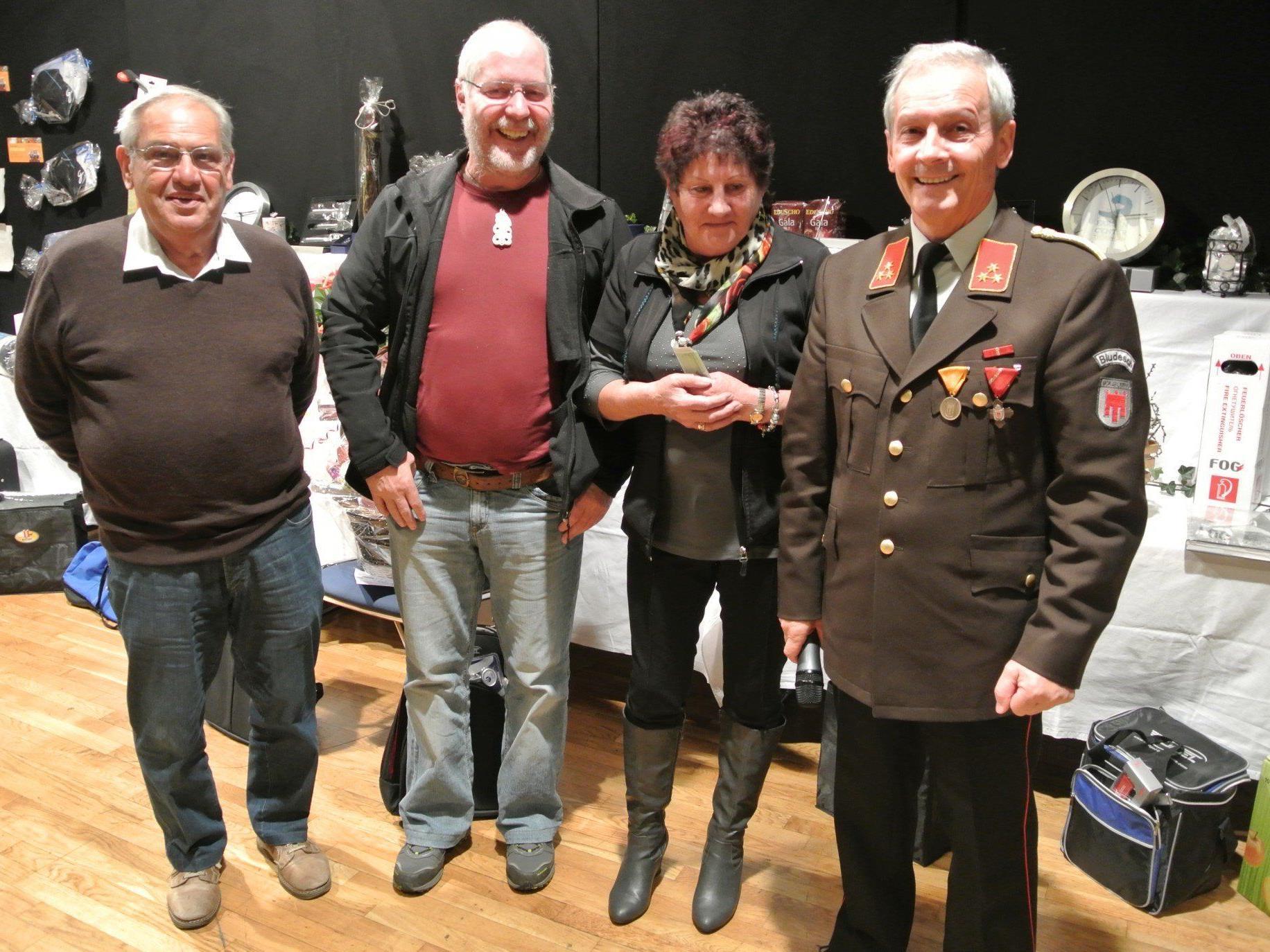 Das Gewinnertrio 2013 mit Kdt. Günter Nachbaur