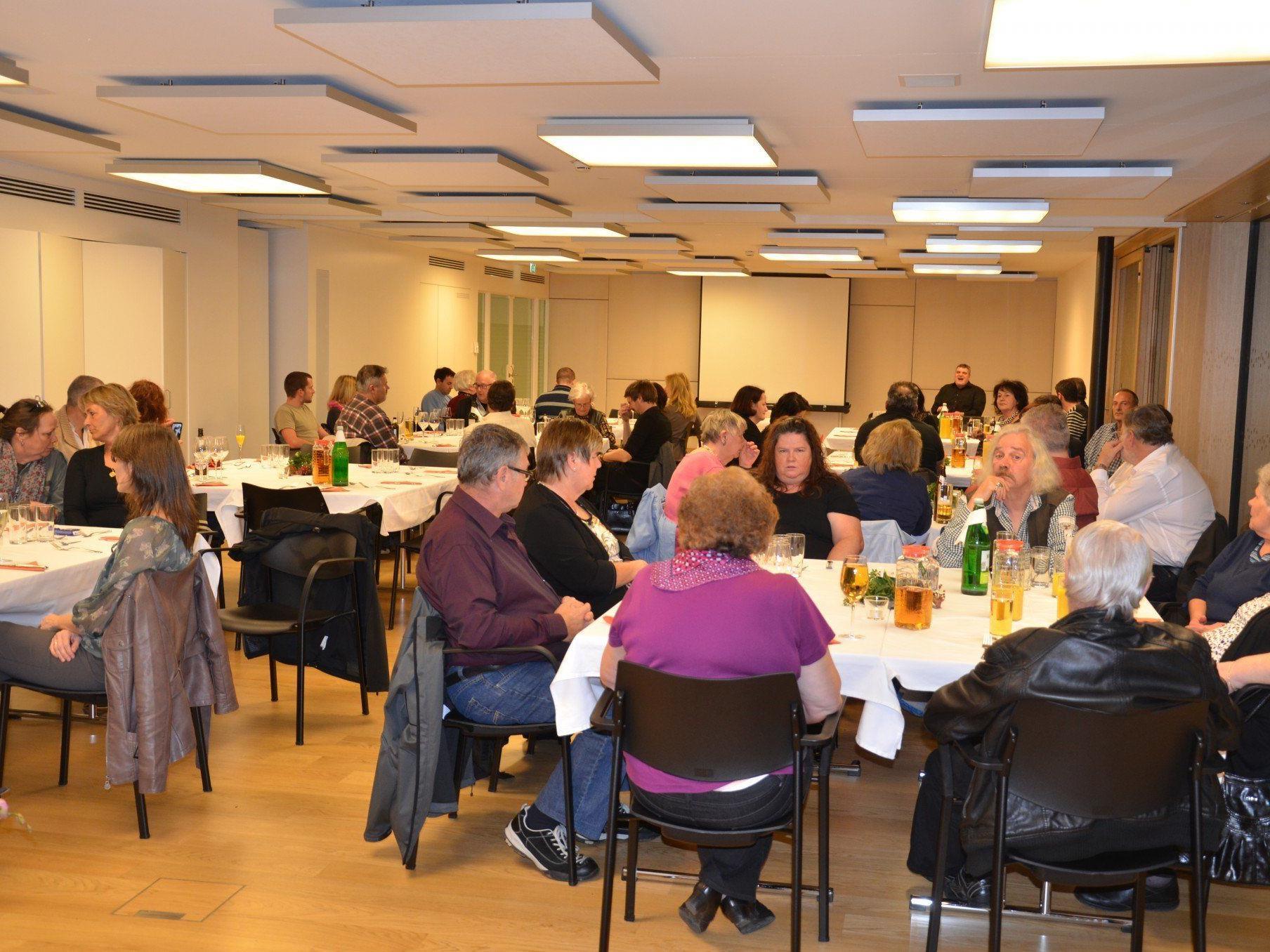 Viele Gäste und Freunde feierten das 20 Jahr Jubiläum des rührigen Vereines.